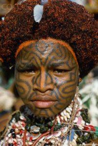 Tattoo woman papua new guinea