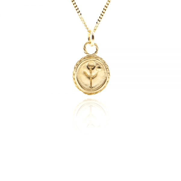 empanda symbol charm necklace