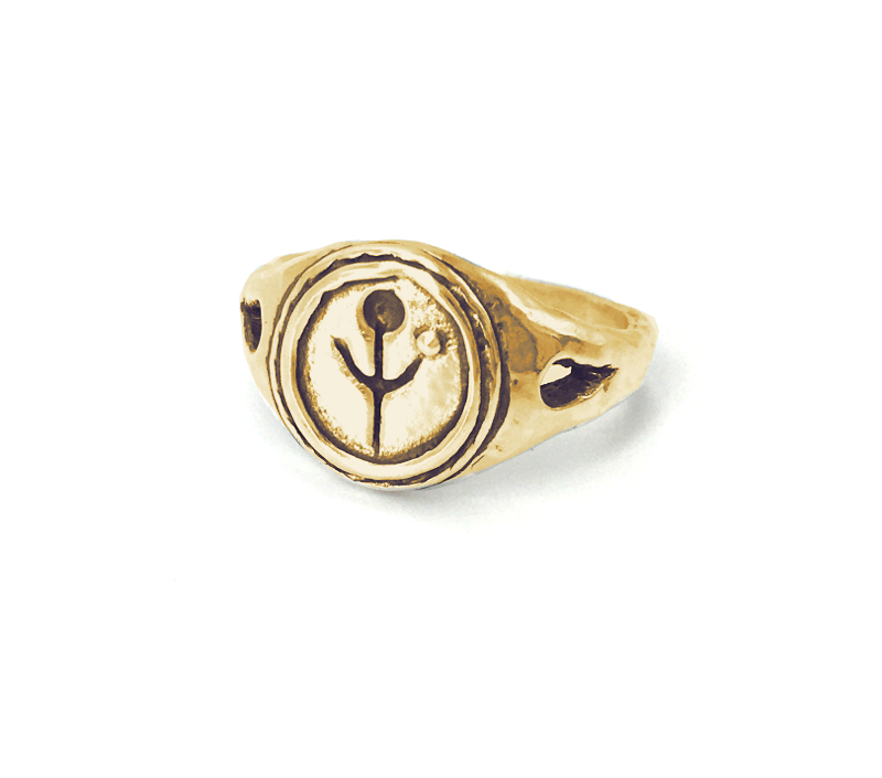 Empanda Family Signet Ring